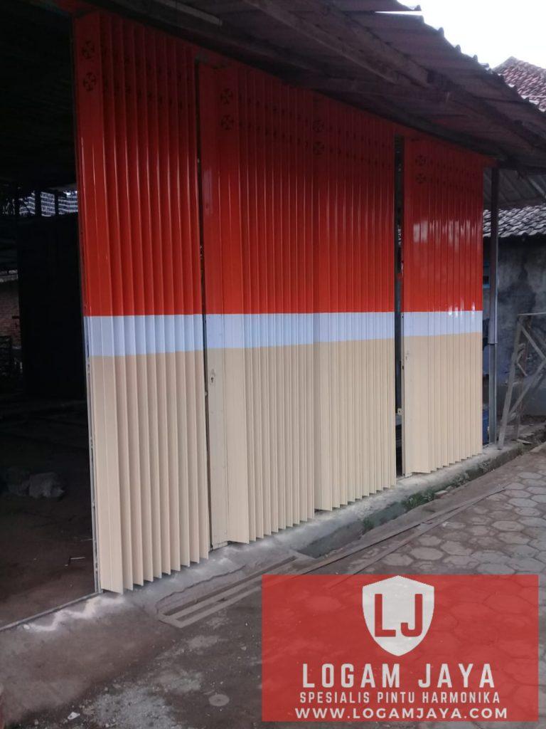 jasa pintu harmonika Papua terbaik