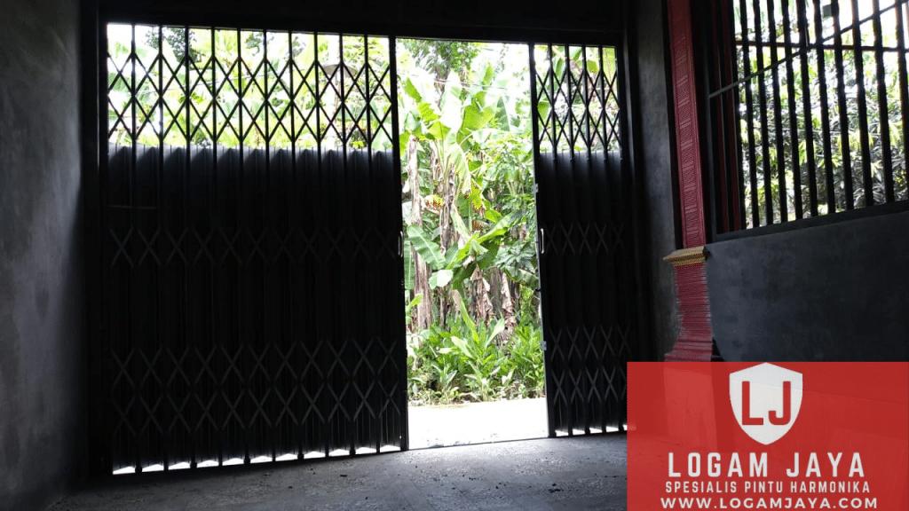 jasa pintu harmonika Madura termurah 1024x576 - Rekomendasi Jasa Pintu Harmonika Madura Terbaik dan Terpercaya