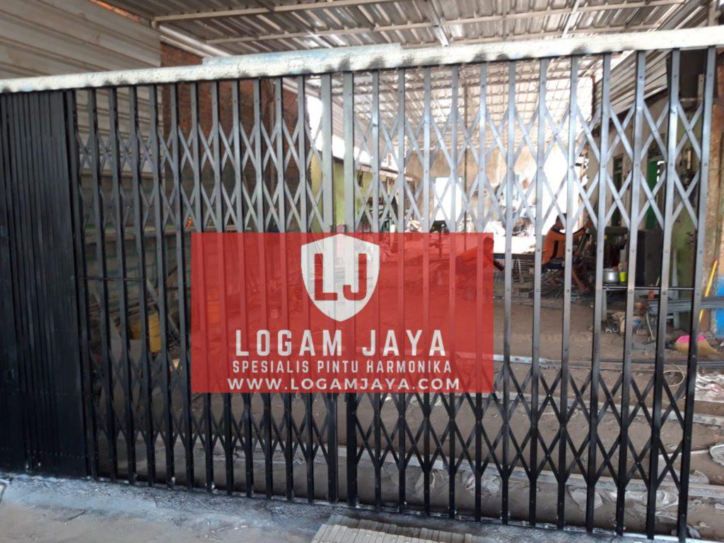 jasa pintu harmonika Malang terlaris 1024x768 - Jasa Pintu Harmonika Malang Terbaik & Survey Gratis
