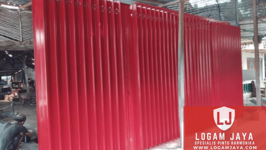 jasa pintu harmonika Nabire terbaik 1024x576 - Jasa Pintu Harmonika Nabire: Penyedia Produk Folding Gate dan Folding Door Berkualitas